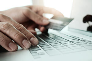 Magecart malware steals payment details from Forbes subscribers